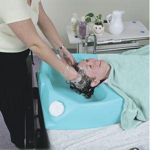 Bac à shampoing Capiluve pour personne alitée